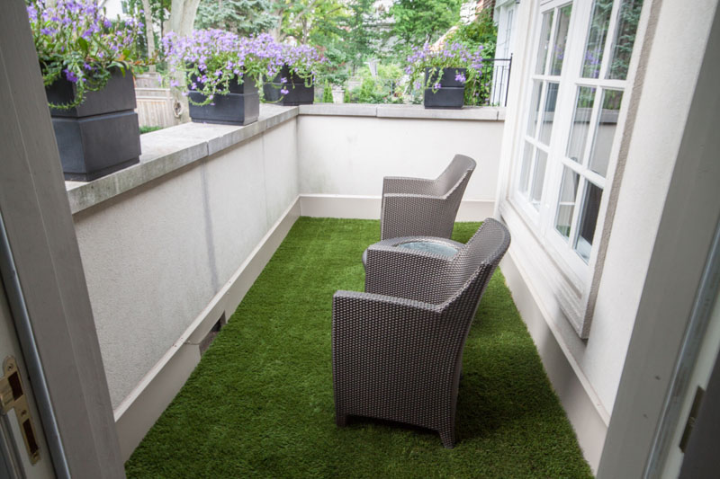 artificial grass Balcony area